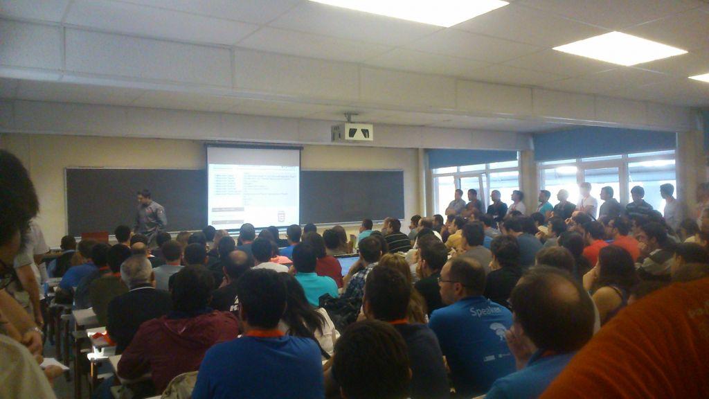 Las salas llenas para las charlas
